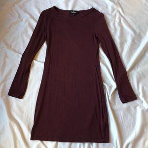 NWOT Lulus maroon long sleeve dress